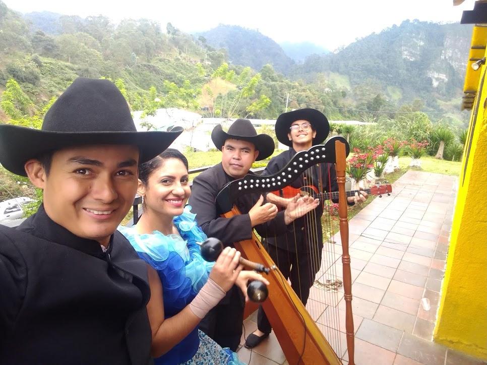 Grupo Llanero Tipico Joropo sin Fronteras