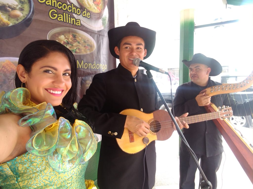 Grupo llanero criollo Joropos sin Fronteras
